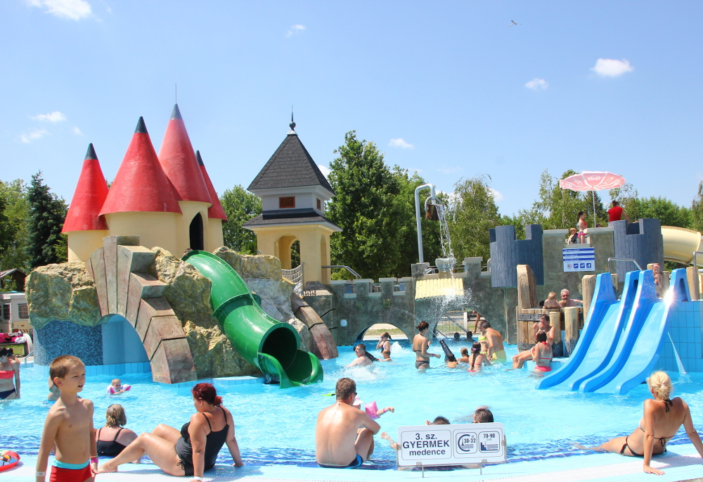 aquapark.kalandmedence.1000