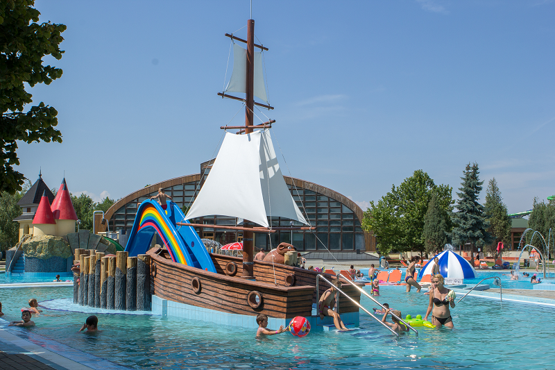 Aquapark kids pools 800